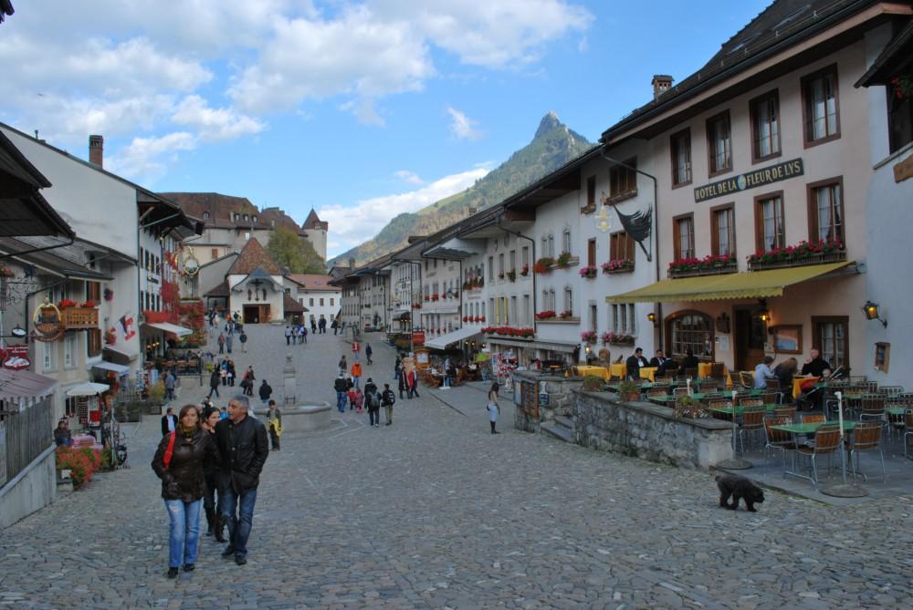 Con un vuelo barato a Suiza conoce la romántica Gruyères
