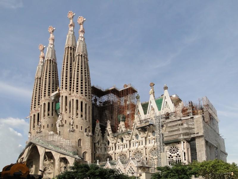 Con los vuelos baratos a Barcelona conoce la Ruta Gaudi